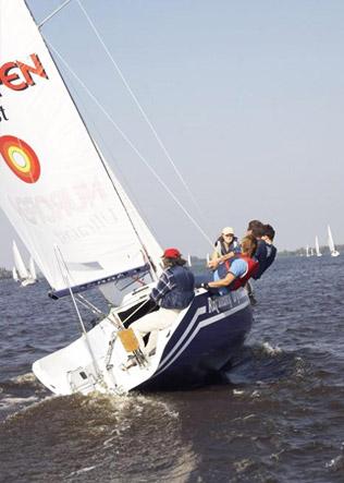 Rejs dla dorosłych, Blue Yacht, Rozwiany Dym
